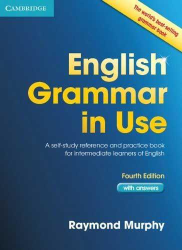 English Grammar in Use por Raymond Murphy, bom livro para aprender inglês, possivelmente o livro essencial de gramática inglesa