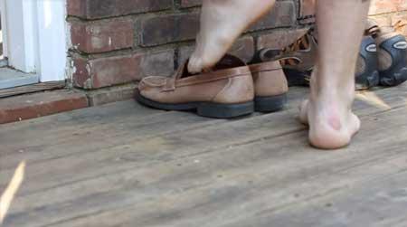 Os-Costumes-e-Hábitos-no-Canadá-Nada-de-Sapatos-em-Casa