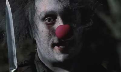 Frases de Halloween em Inglês Stitches the clown