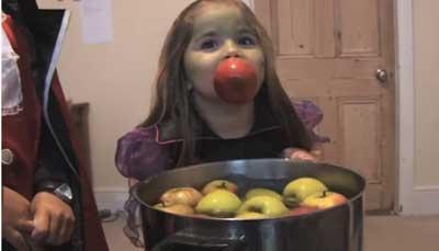 Frases de Halloween em Inglês duck-for-apples