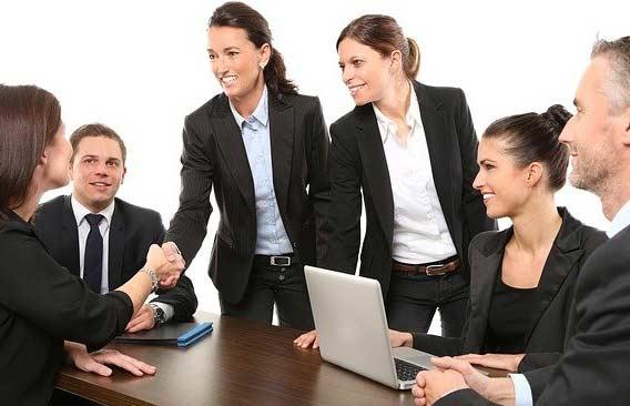 Guia Completo: 195 das Perguntas Mais Comuns em Entrevista de Emprego em Inglês